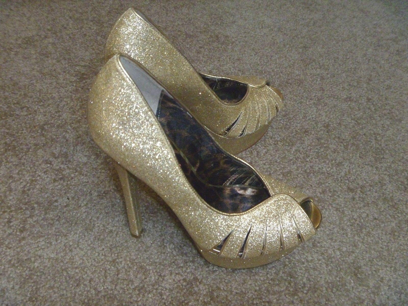 BETSEY JOHNSON BREANN-G gold Glittery Peep Toe Stiletto Heels shoes Sz 6