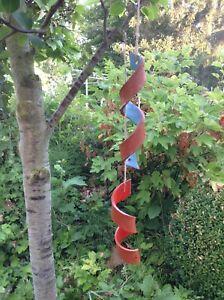 2-Spirale-Windspiel-Baumhaenger-Gartendeko-Keramik-Unikat-Mobile-Getoepfert