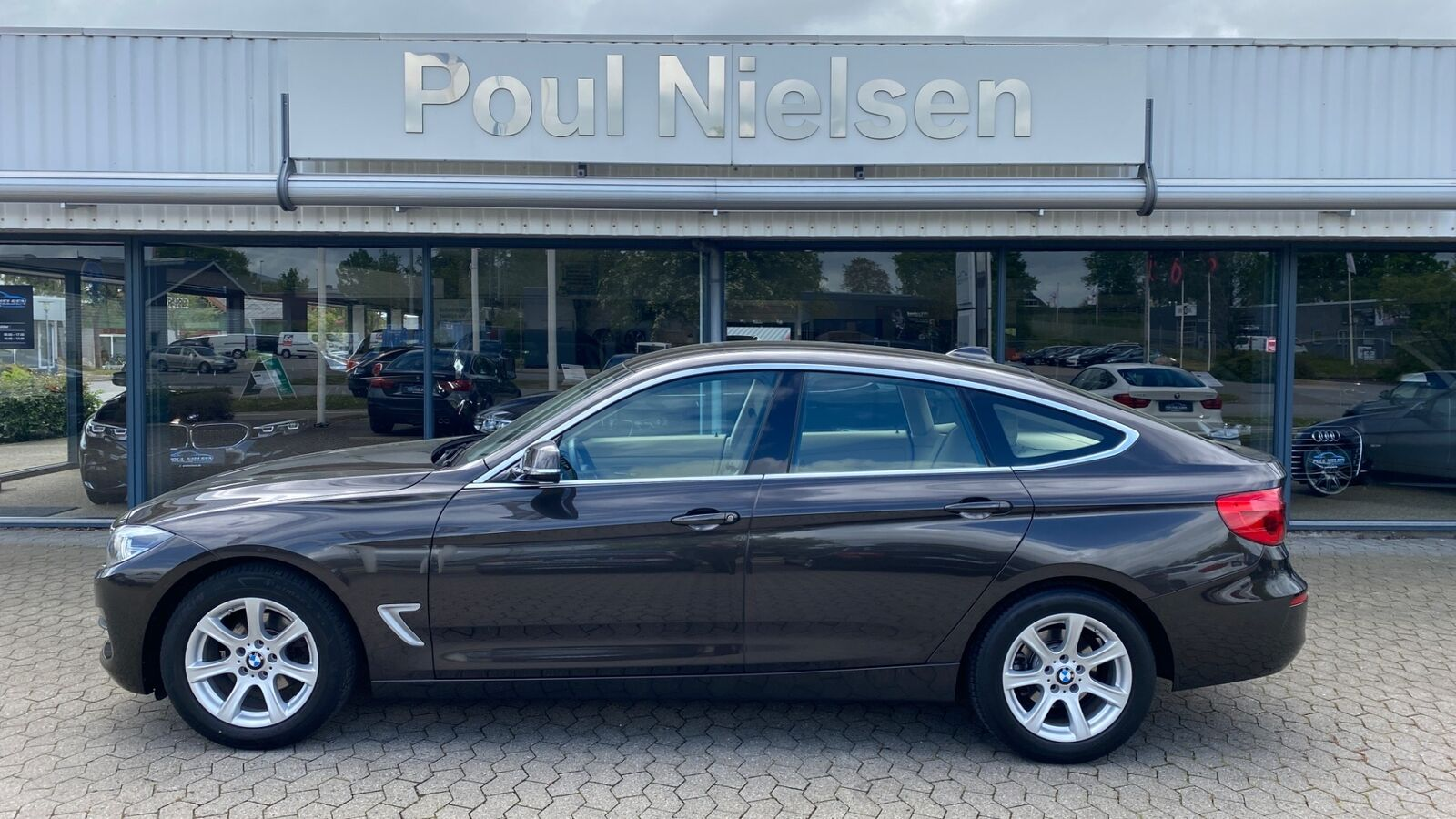 BMW 320i 2,0 Gran Turismo Executive aut. 5d