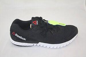 e7b7139a6df NEW Reebok TWISTFORM BLAZE 2.0 Men s AR2960 BLACK COAL WHITE Running ...