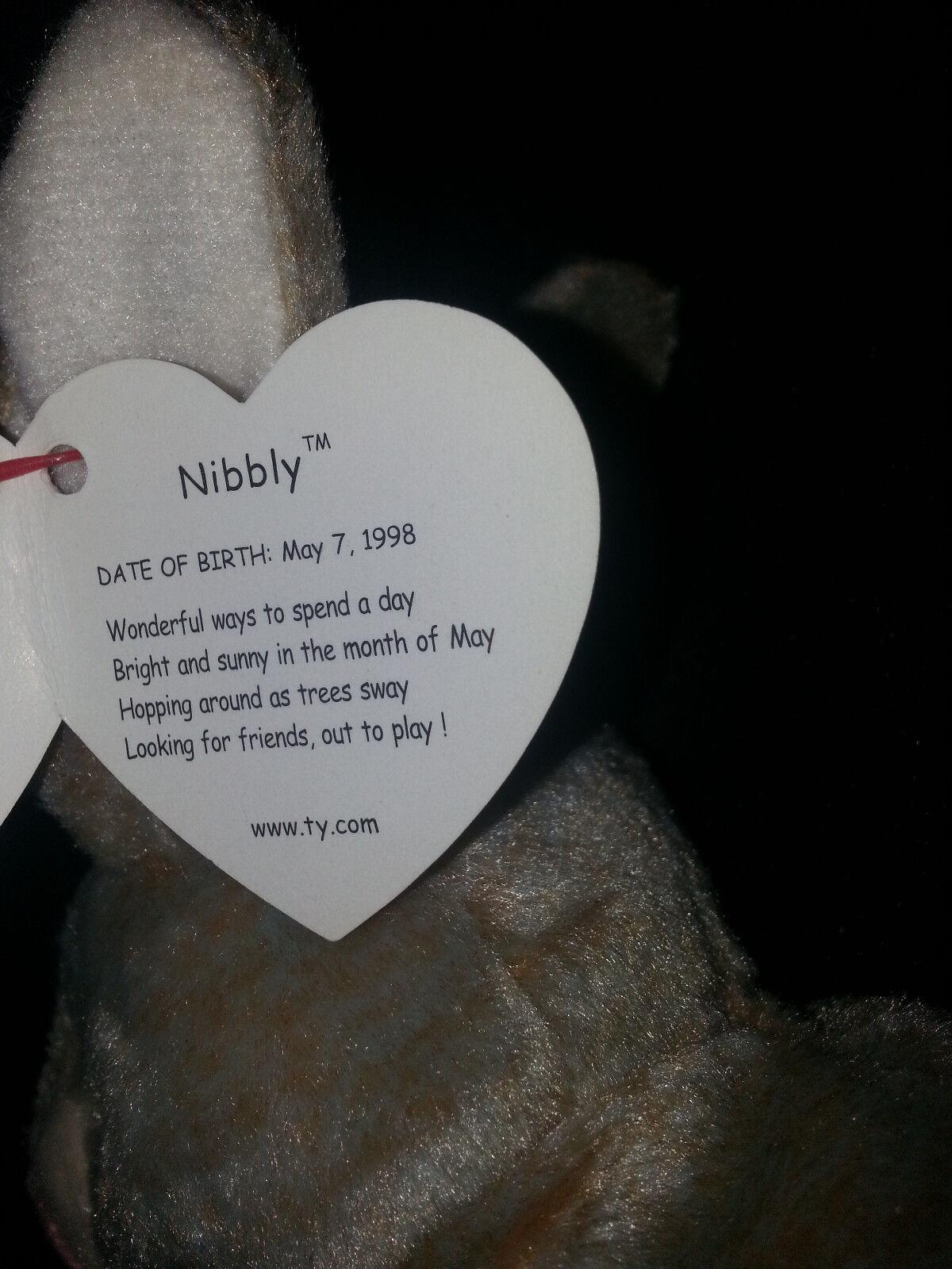 NIBBLY The Rabbit TY BEANIE BEANIE BEANIE BABY Plush Retired P.V.C Pellets Multiple Tag Errors f3fd93