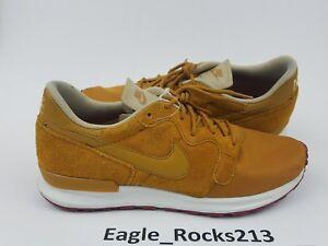 buy popular 24242 6da03 Image is loading Nike-Air-Berwuda-Premium-Desert-Ochre-Gold-Men-