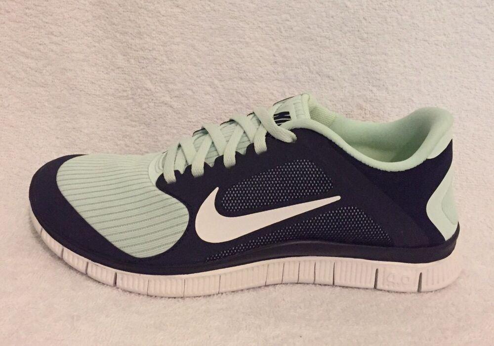 Nike Free 4.0 V3 Taille 3.5 (UK) Entièrement neuf dans sa boîte-