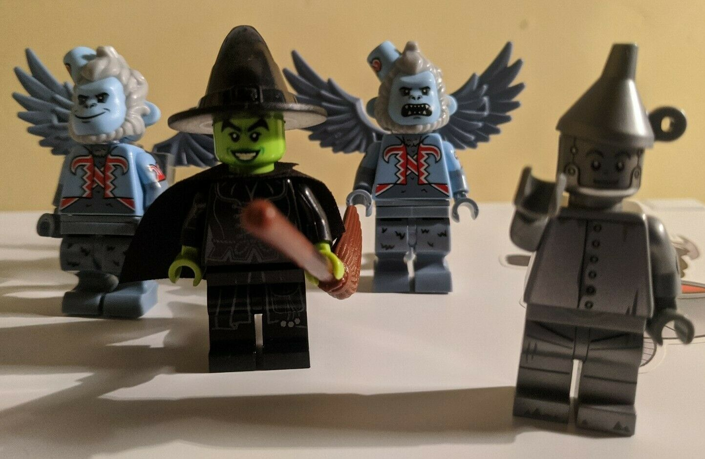 LEGO Wizard Of Oz Minifigure Lot of 4 (70917)