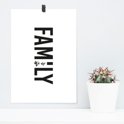 """JUNIWORDS Poster /""""We are Family/"""" Geschenk Geburtstag Weihnachten DIN A4 A3 A2 A1"""