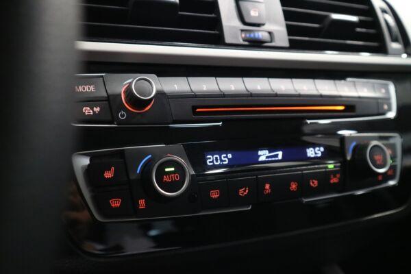 BMW 118i 1,5 Connected aut. billede 5