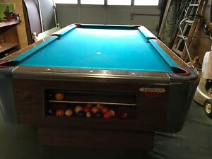 Vintage American Shuffleboard Company Pool Table Excellent USA - American pool table company
