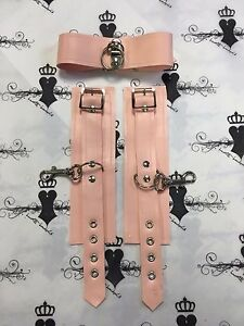 LACE PRINTED RUBBER WRIST CUFFS *PS RED* FETISHWEAR Westward Bound RRP £43.17