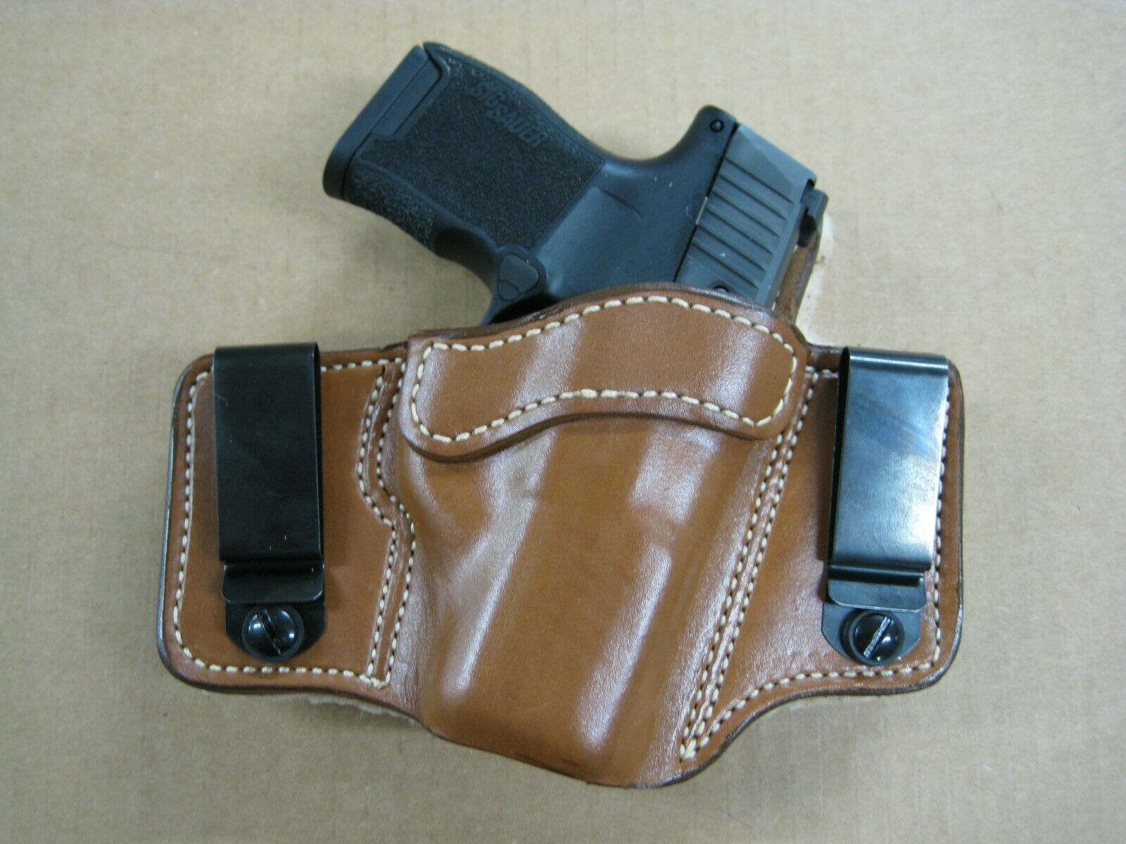 Azula 2 clip de piel de oveja con respaldo IWB Tuckable Leather Concealed Carry Holster.. para