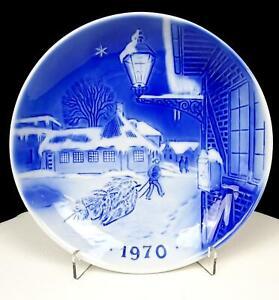 DESIREE-SVEN-JENSEN-DENMARK-OLD-COPENHAGEN-7-1-4-034-CHRISTMAS-PLATE-1970