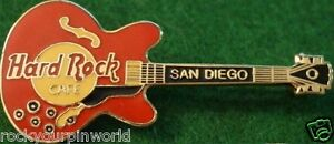Hard-Rock-Cafe-SAN-DIEGO-1994-CHUCK-BERRY-Red-Guitar-PIN-8238-Grid-w-Boxed-3LC