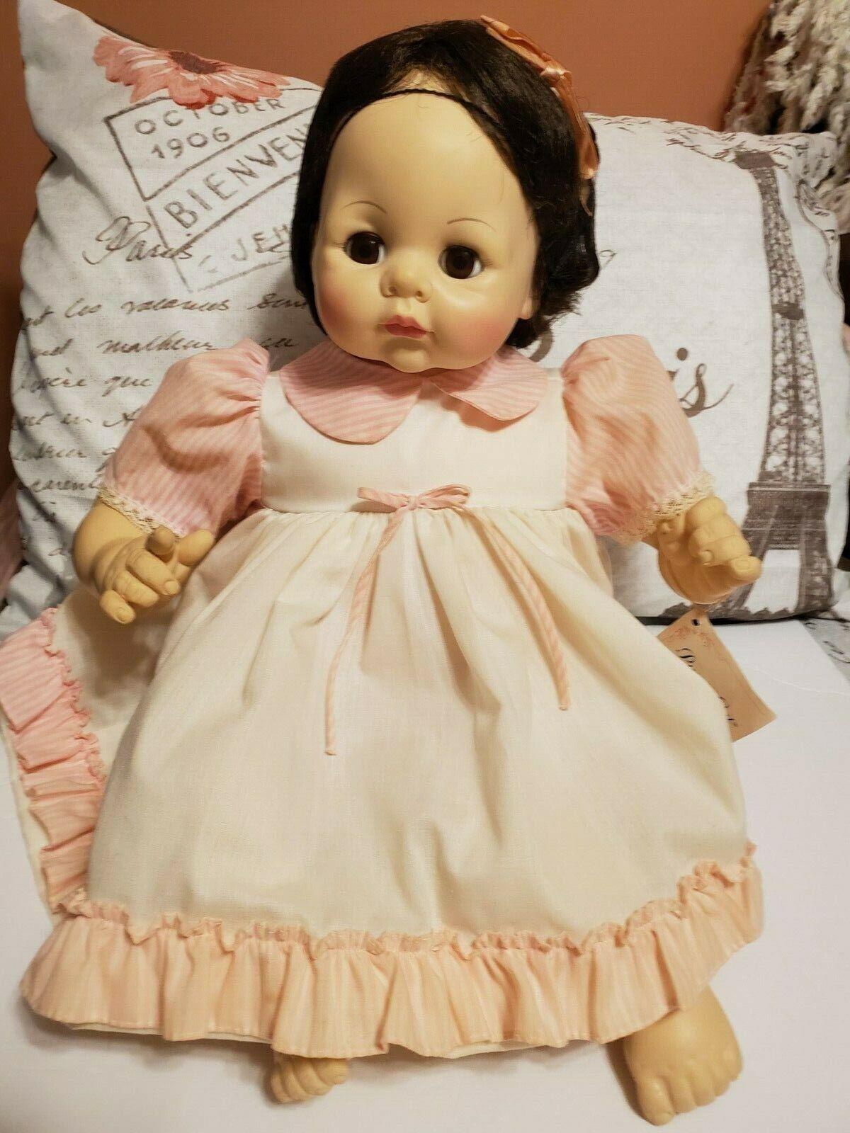 1965 Vintage 22  Madame Alexander Pussy Cat Doll Original Tagged Kleid Box  6250