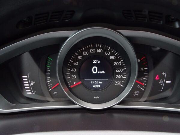 Volvo V40 2,0 D3 150 Dynamic billede 8