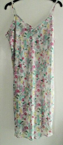 14//16 . WRAP SIZES 10//12 WOMENS//GIRLS 2 PIECE SHEER FLORAL CHEMISE