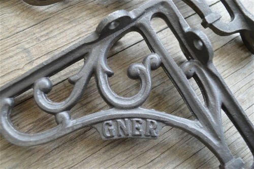 A pair of cast iron antique style GNER brackets Great North Eastern Railway AL79