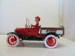 Ertl Hardware Hank 1918 Ford Model T Runabout