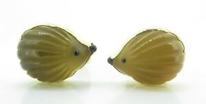 A-Fine-Pair-Of-Paul-Longmire-18k-Gold-Carved-Hedgehog-Cufflinks