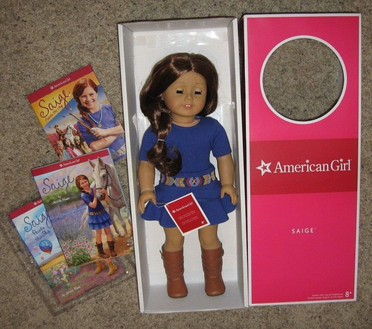 NMIB Muñeca American Girl 18 Saige & satisfacer Outfit 2 Libros Cd Caja Original orejas perforadas