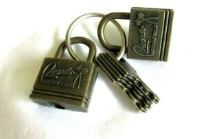 Vintage-Ricardo-Beverly-Hills-Luggage-2-Locks-With-5-Working-Keys