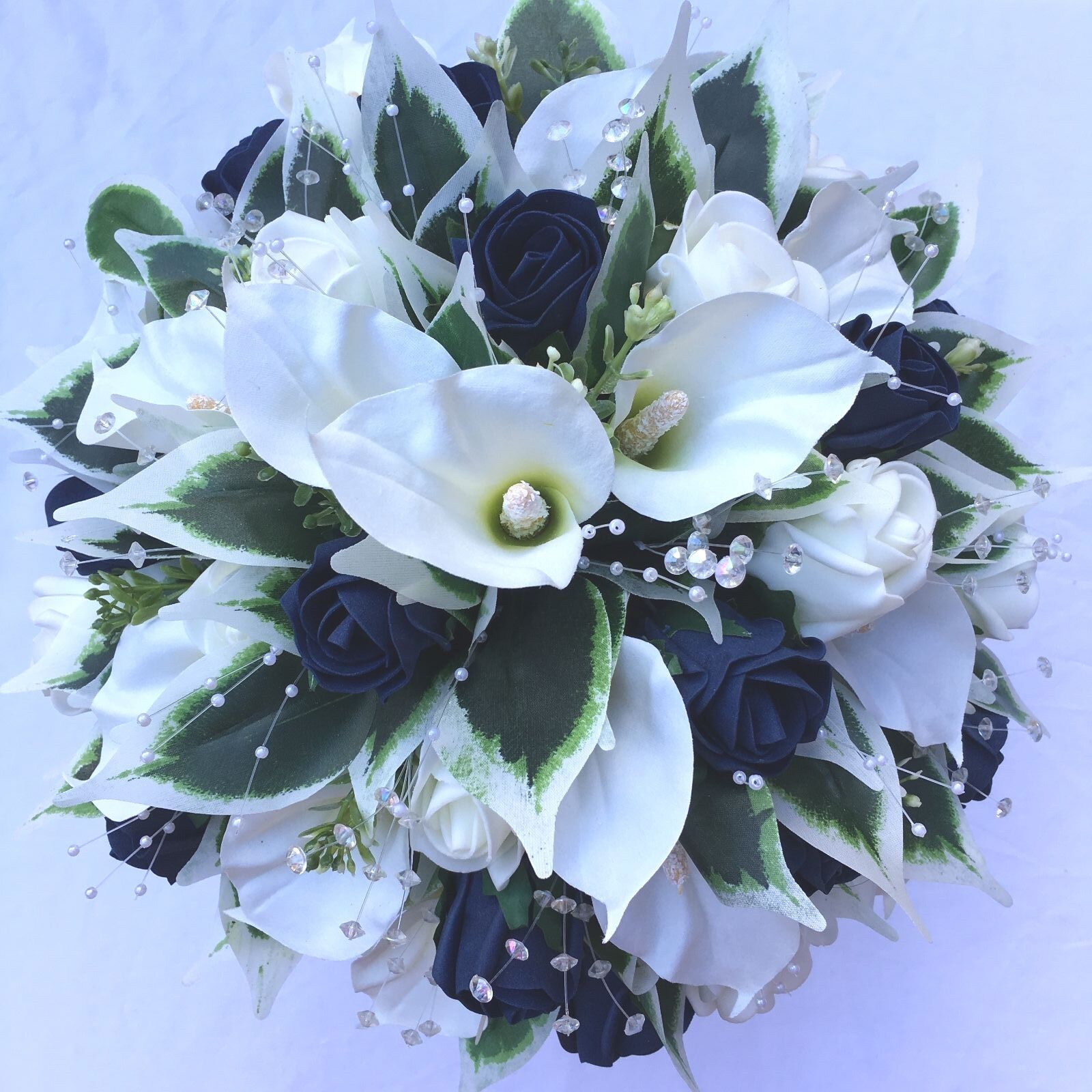 BRIDES POSY BOUQUET, CALA LILIES, IVORY & NAVY Blau,  ARTIFICIAL WEDDING FLOWERS