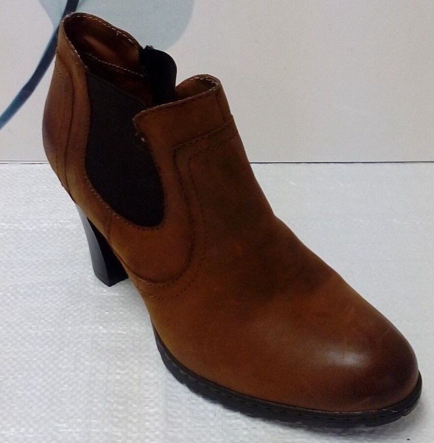 Born BOC brown Leather Ankle Boots Size 10 42