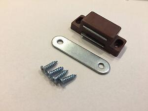 Details zu 10 Stück Tür Möbel Einbau Magnete Magnetschnäpper Schranktür  Magnet braun