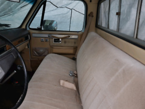 1977 squarebody c10          For sell