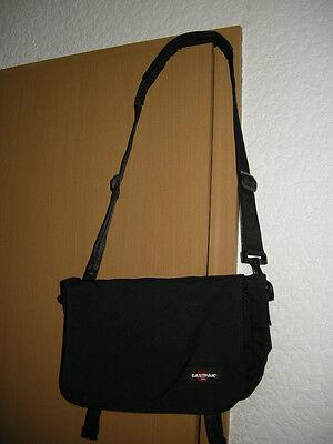 Tolle Eastpack-Tasche NEUWERTIG Nur eine von vielen....