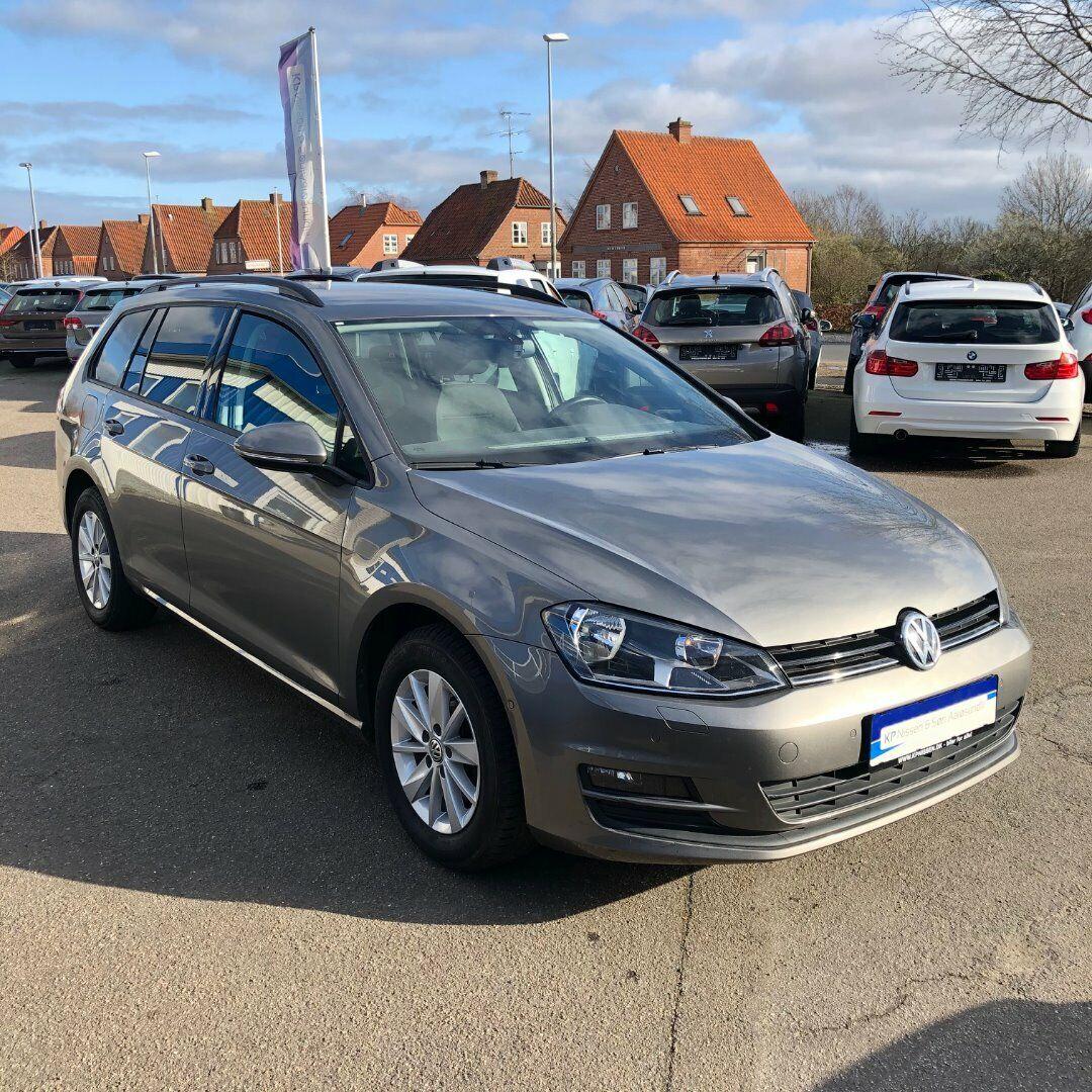VW Golf VII 1,6 TDi 105 Comfortl. Vari. DSG BM 5d - 149.900 kr.