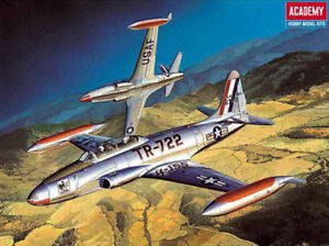 1-48-T-33A-SHOOTING-STAR-Academy-Model-Kit-12284