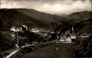 Kirchveischede im Sauerland alte s/w Postkarte 1964 gelaufen Teilansicht Berge