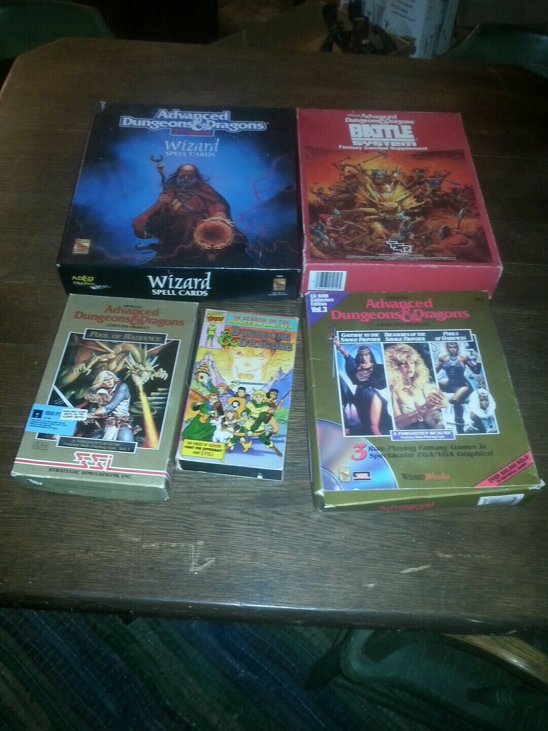Older Computer Floppy Disk Games Dungeons & Dragons Plus VHS Plus Card Lot