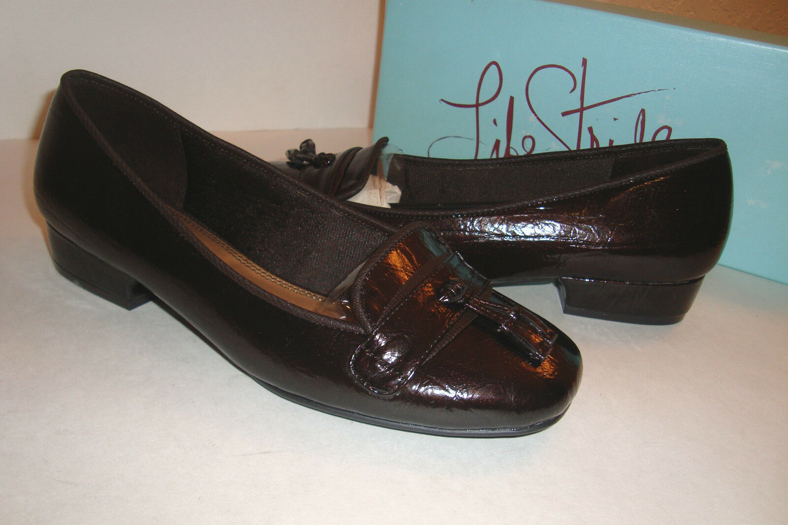 Life Stride LifeStride Womens NWB Quadrille Gio Patent Brown shoes 6.5 Wide NEW