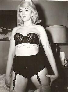 Original Vintage 1940s-60s Semi Nude RP- Bra- Garter