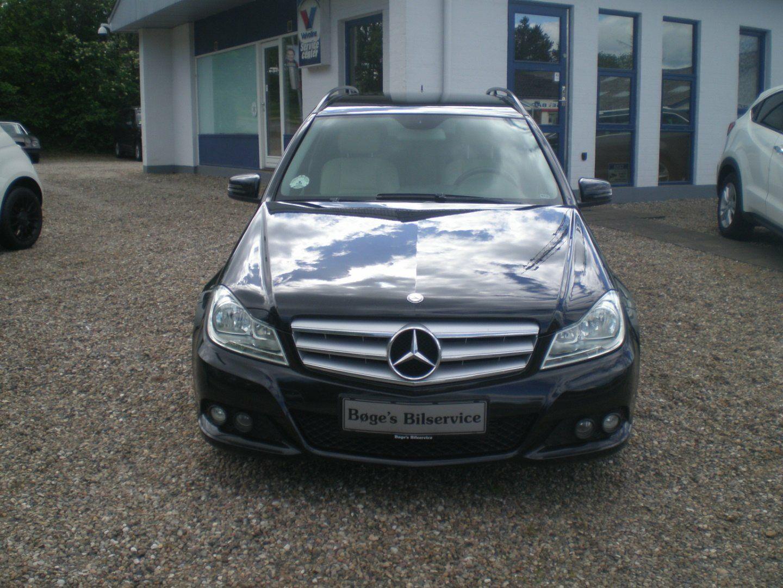 Mercedes C200 2,2 CDi stc. aut. BE 5d - 189.500 kr.