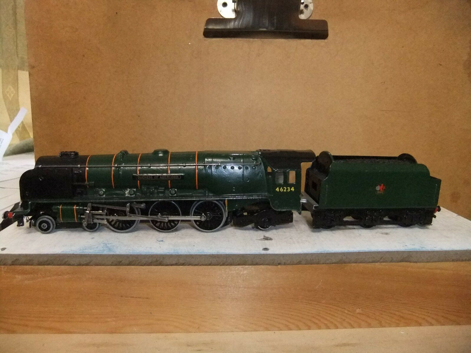 Hornby Dublo 4-6-2 Loco Duchess of Abercorn BR verde 46234, repaint, not boxed