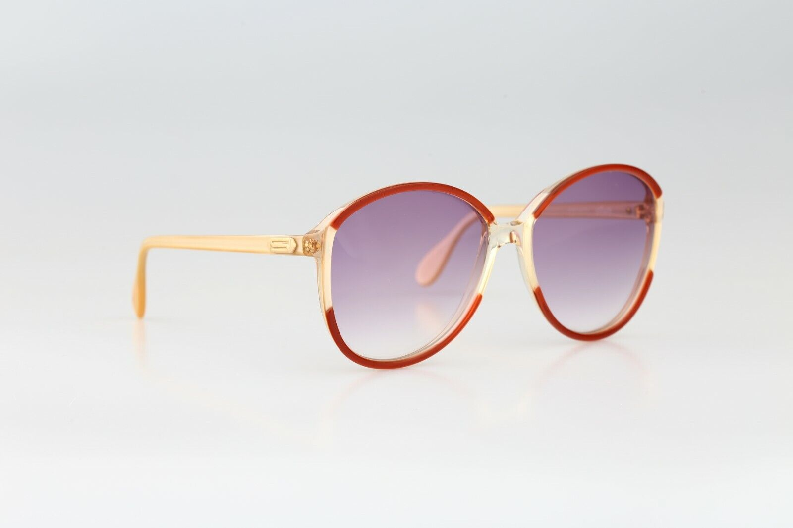 Silhouette M 1126 20 C 2713, Vintage 70s red & cl… - image 4