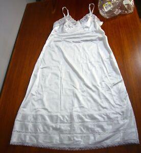 NOS-NEW-full-Slip-Adonna-Antron-III-Nylon-White-Lace-Sexy-Mint-36