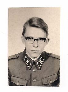 DAVID-BOWIE-LOOK-ALIKE-Young-Man-in-Glasses-amp-Uniform-Vintage-Photograph-1960-039-s