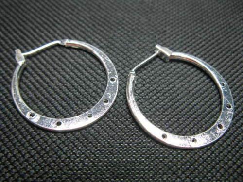 1 paar Creolen rund 25mm versilbert Perlen neu 7430