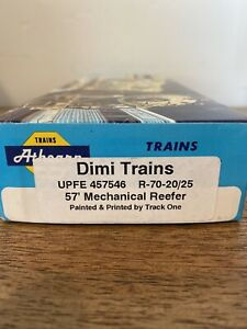 Athearn-HO-57-039-Reefer-Custom-Painted-Track-One-Kit-Union-Pacific-Fruit-Express