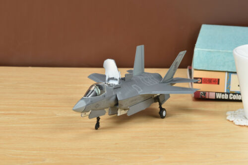 "AF1 1//72 US F-35B Lockheed Martin Lightning II Marines VMFA-121 /""Green Knights/"""