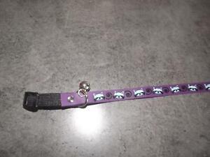 collier-silicone-pour-chat-avec-elastique-de-securite-coloris-mauve