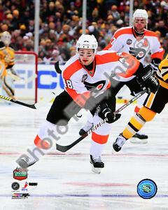 2010 Boston NHL Winter Classic Flyers Danny Briere 8 X 10 Action ... 768da2d4b