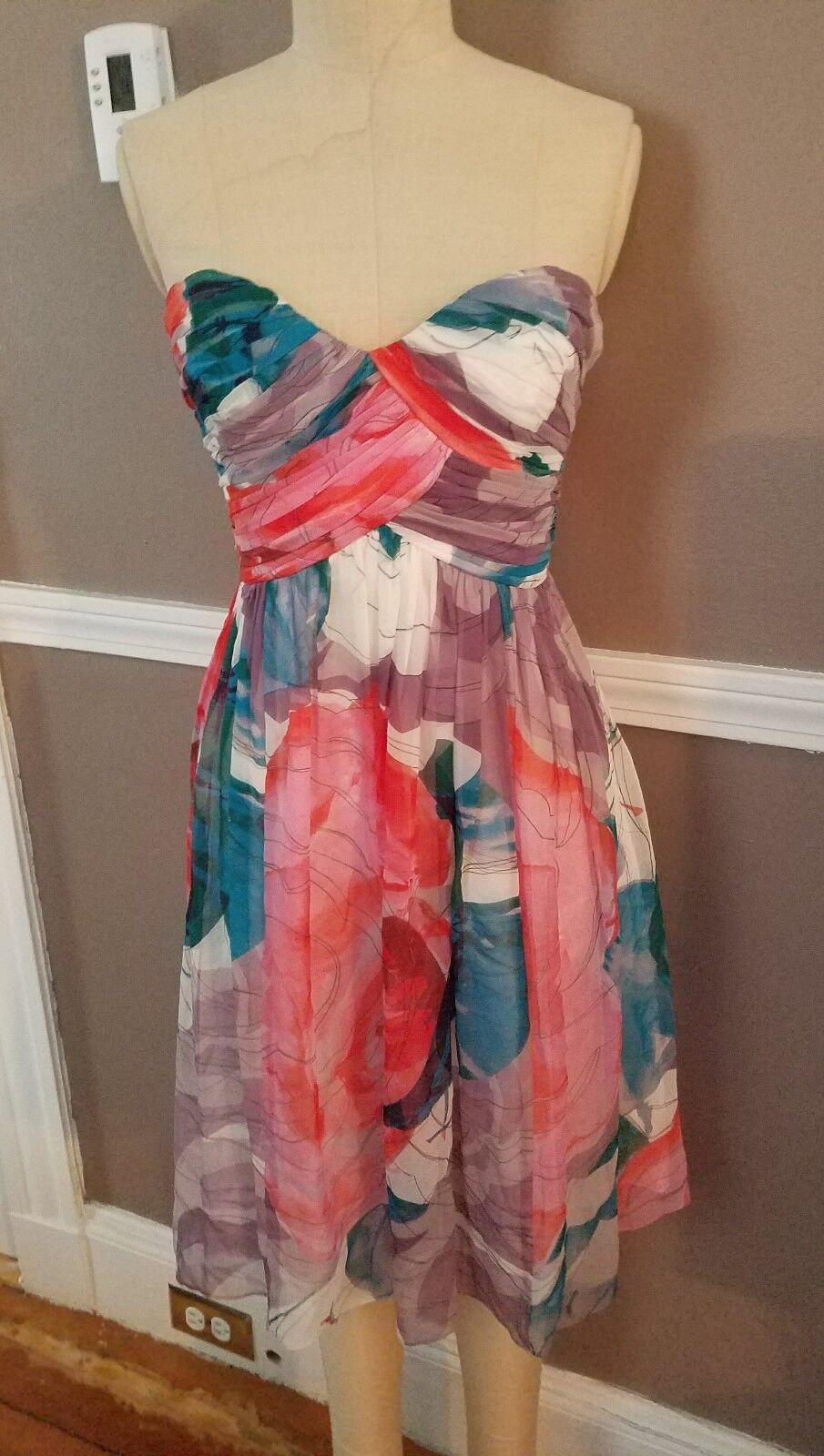 Stunning 100% Silk Strapless Multicolor Dress by women Morgan   Size 4