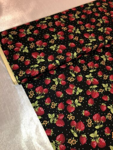 "1 MTR Negro Estampado Fresa 100/% tela de algodón. vestido Etc Manualidades 114cm 45/"" de ancho"