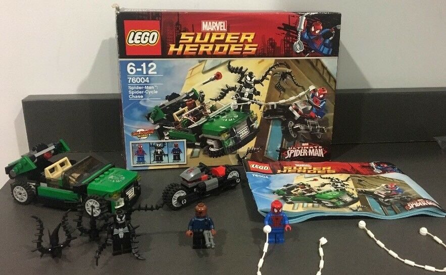 Lego SUPER HEROES 'SPIDER-MAN SPIDER-CYCLE CHASE (76004) MINT With Box