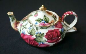 Vintage-Season-Collection-Rose-decor-Small-Teapot
