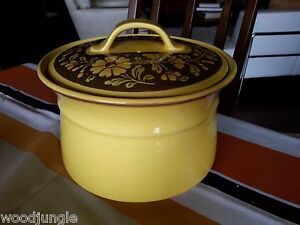 RARE-LARGE-METLOX-POPPYTRAIL-YELLOW-SPANISH-SAN-CLEMENTE-COVERED-POT-CASSEROLE