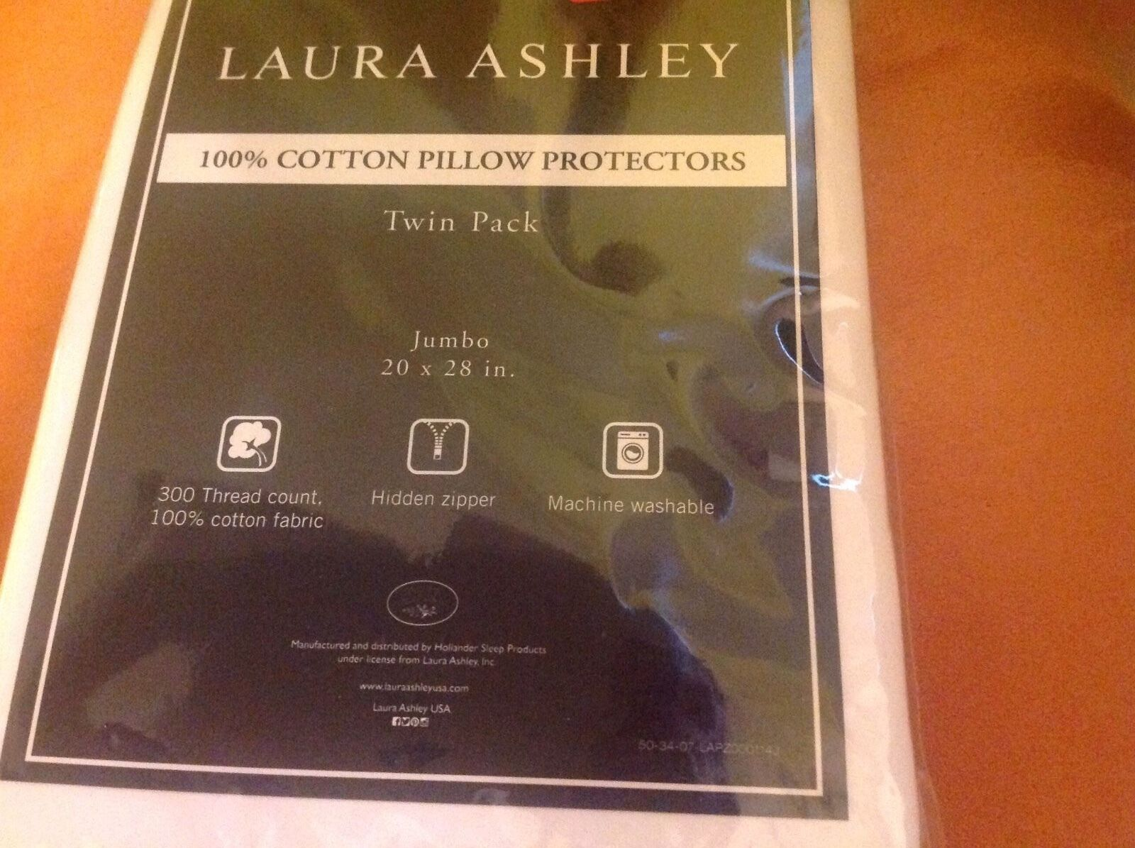 LAURA ASHLEY PILLLOW PredECTORS JUMBO  (2) 20 X 28 100% COTTON